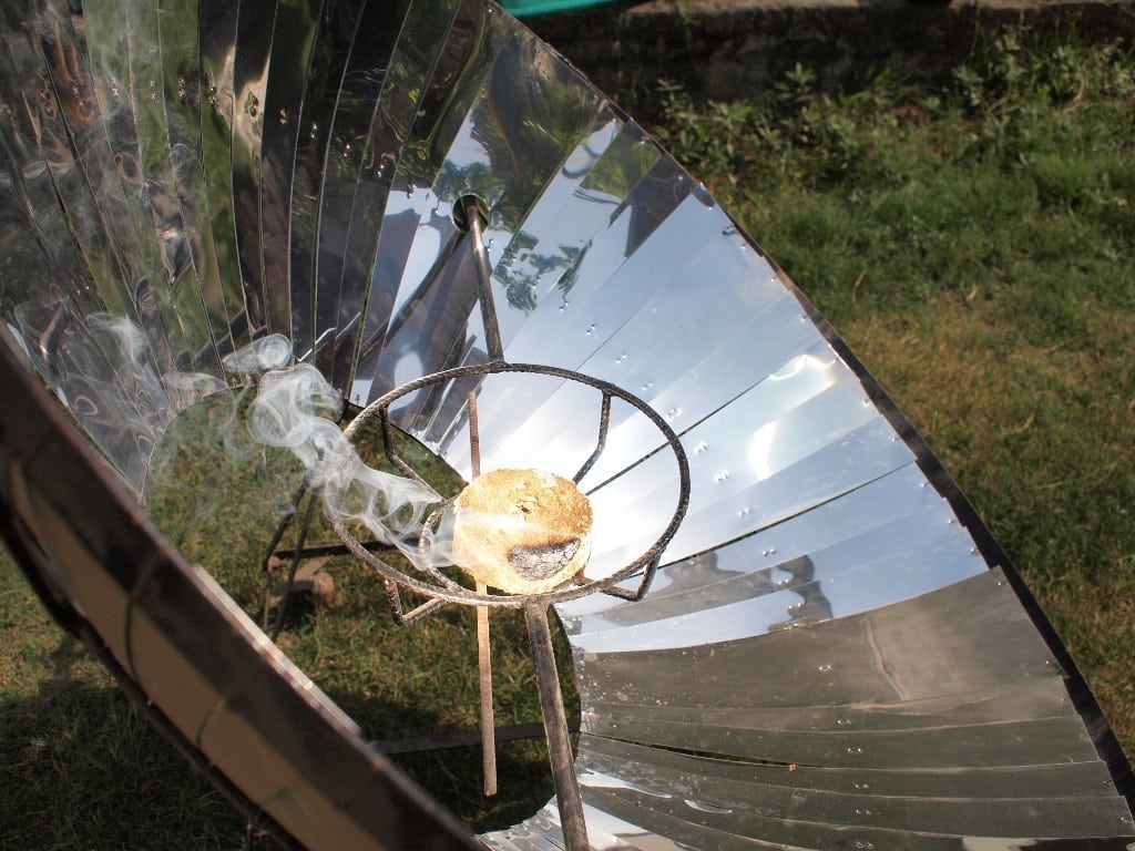 essay about solar cooker Free essays what exactly is a solar cooker what exactly is a solar cooker 1442 words jan 28th, 2018 6 pages the sun generates this energy in a process called.
